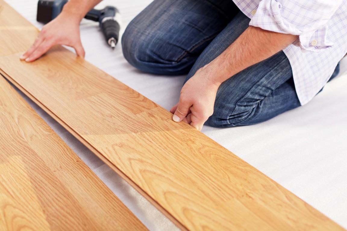 Как стелить ламинат на деревянный пол, укладка ламината.